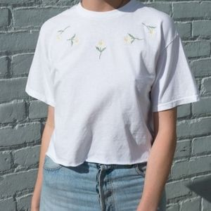 Brandy Melville Aleena Daisy Embroidered Crop Tee